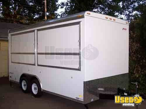 concession trailers  vending trucks  mobile kitchens    16