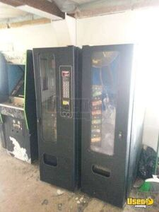 USI Satellite Snack and Drink Used Vending Machine Combo for Sale in Ohio!!!
