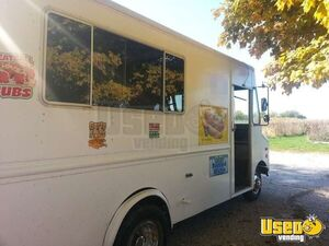 Used Grumman Food Truck for Sale in Illinois!!!