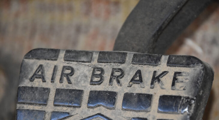 semi truck air brake pedal