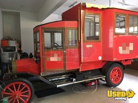Vintage 1920 Food Popcorn Truck For Sale In Illinois