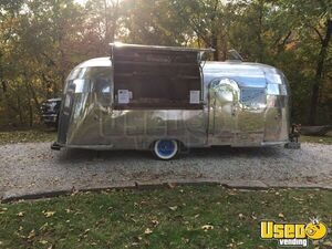 1955 Flying Cloud Whale Tail Beverage Concession Trailer Beverage - Coffee Trailer Removable Trailer Hitch Oklahoma for Sale