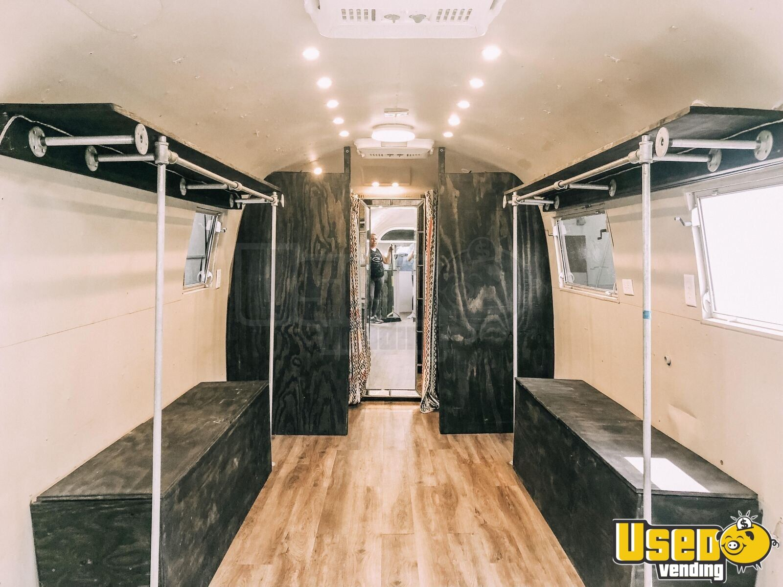 1963 Airstream Overlander Mobile Boutique Trailer Cabinets Florida for Sale - 3