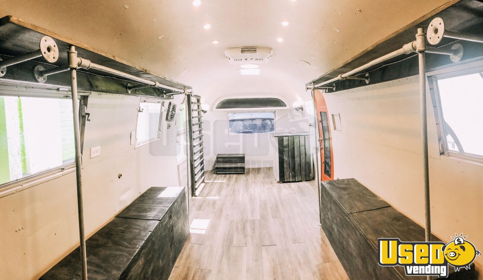 1963 Airstream Overlander Mobile Boutique Trailer Insulated Walls Florida for Sale - 4
