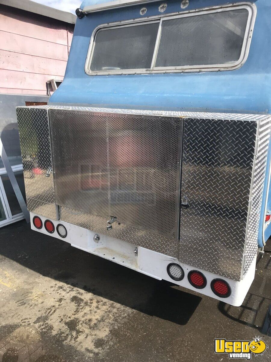 1967 Vintage D300 All-purpose Food Truck Insulated Walls New York Gas Engine for Sale - 4