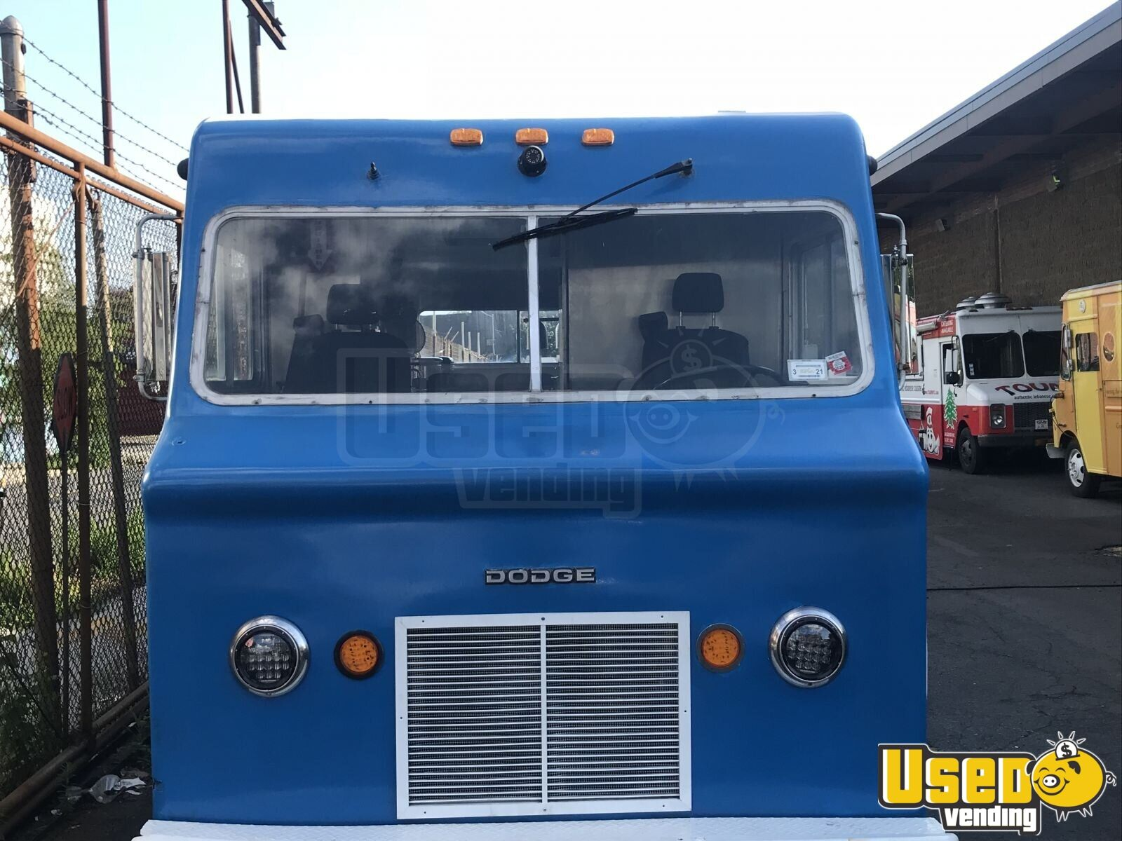 1967 Vintage D300 All-purpose Food Truck Stainless Steel Wall Covers New York Gas Engine for Sale - 3