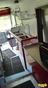 1970 Step Van Kitchen Food Truck All-purpose Food Truck Hand-washing Sink Tennessee Gas Engine for Sale