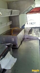 1970 Step Van Kitchen Food Truck All-purpose Food Truck Microwave Tennessee Gas Engine for Sale