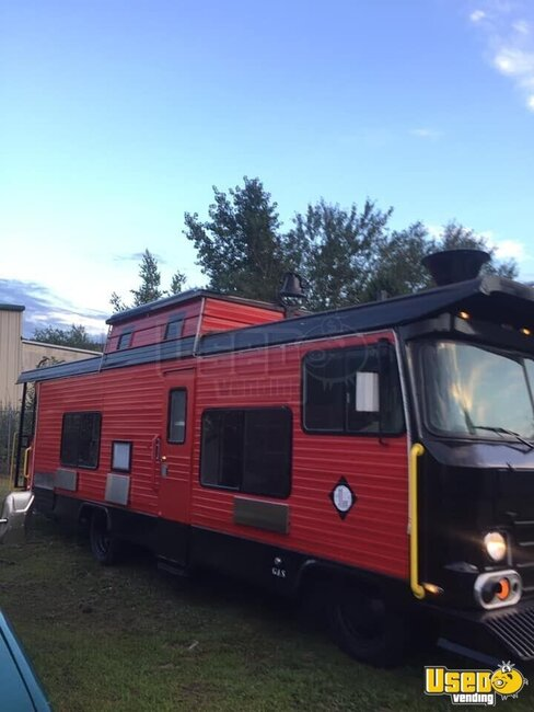 1972 Vintage Food Truck All-purpose Food Truck Pennsylvania Gas Engine for Sale