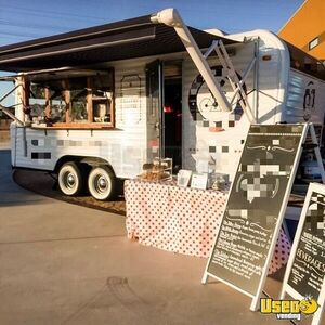 1973 Camper Kitchen Food Concession Trailer Kitchen Food Trailer Stainless Steel Wall Covers Arizona for Sale