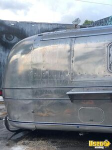 1976 Airstream Sovereign Beverage - Coffee Trailer Concession Window Florida for Sale