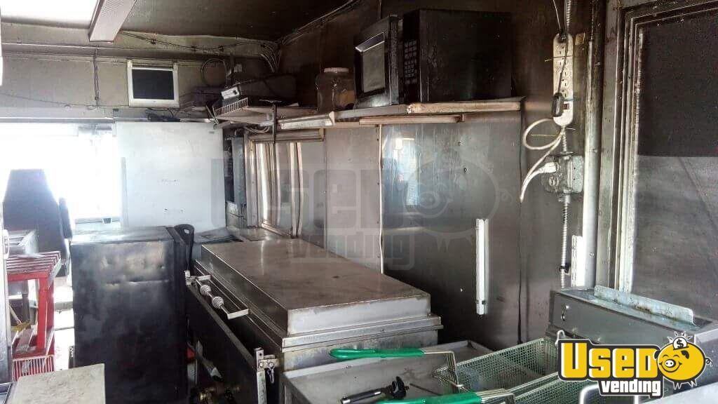 1977 Chevy Gruman Food Truck Propane Tank Pennsylvania Gas Engine for Sale - 6