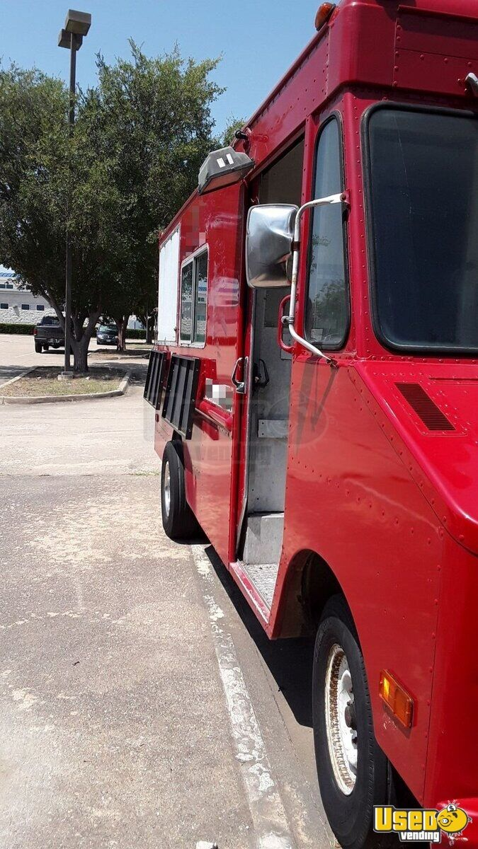 1979 Step Van Kitchen Food Truck All-purpose Food Truck Concession Window Texas Gas Engine for Sale - 3