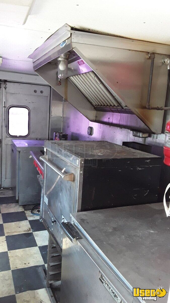 1979 Step Van Kitchen Food Truck All-purpose Food Truck Exterior Customer Counter Texas Gas Engine for Sale - 6