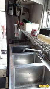 1979 Step Van Kitchen Food Truck All-purpose Food Truck Stovetop Texas Gas Engine for Sale