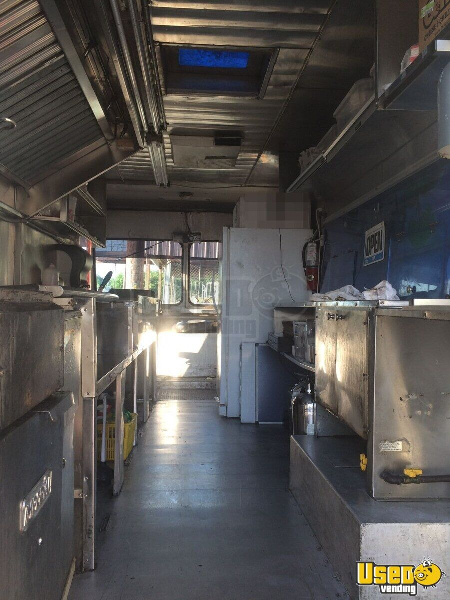 1981 Chevy All-purpose Food Truck Upright Freezer Texas Gas Engine for Sale - 8