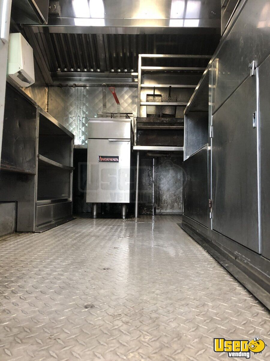 1981 Ford All-purpose Food Truck Diamond Plated Aluminum Flooring Texas Gas Engine for Sale - 3