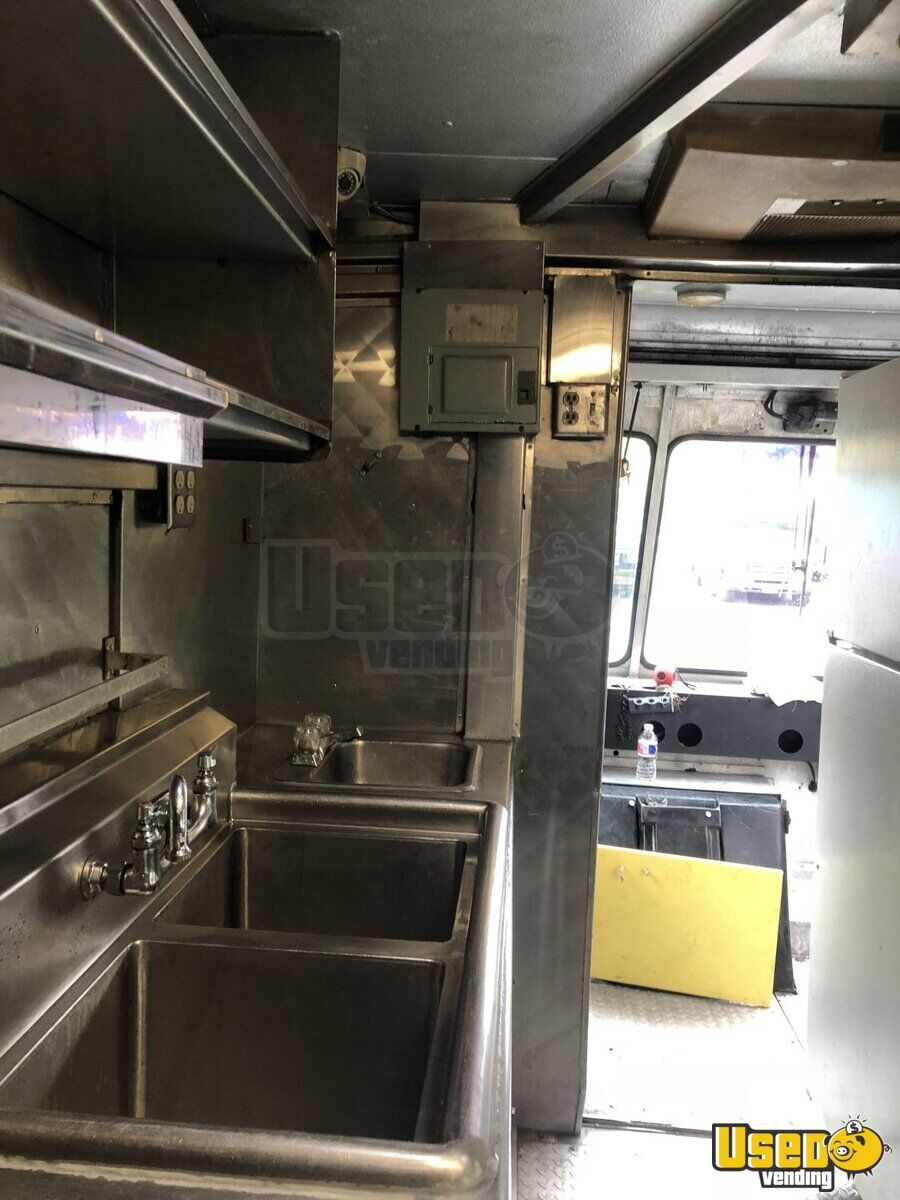 1981 Ford All-purpose Food Truck Fresh Water Tank Texas Gas Engine for Sale - 20