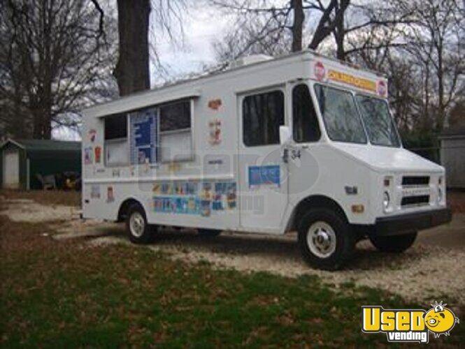 1981 - P-30 Chevy Step Van Food & Ice Cream Truck!!!