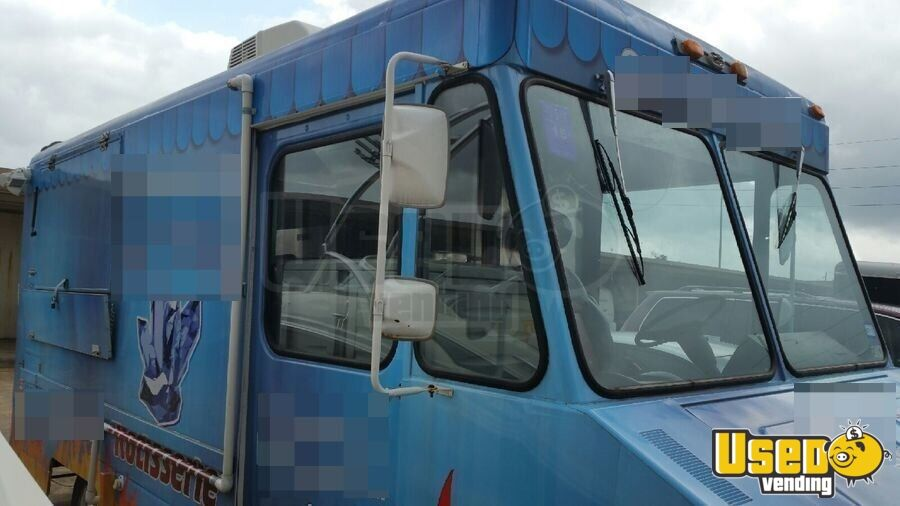1982 Chevy All-purpose Food Truck Air Conditioning Texas Gas Engine for Sale - 2