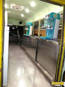 1982 Thomas Shaved Ice Truck Snowball Truck Backup Camera California Gas Engine for Sale