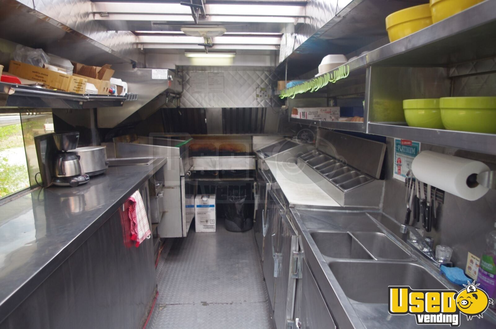 1983 Chevrolet G10 Food Truck Upright Freezer British Columbia Gas Engine for Sale - 4