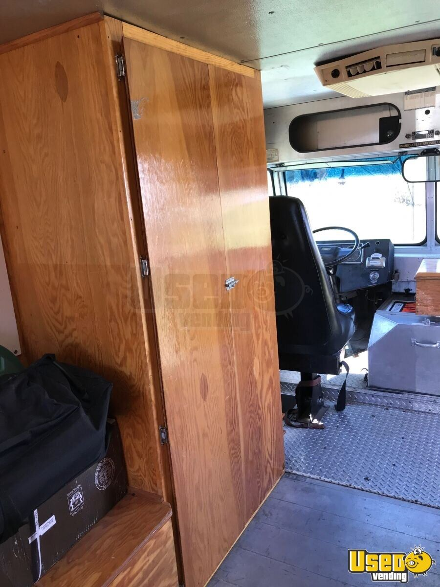 1983 Chevrolet Stepvan A/c Power Outlets Iowa Gas Engine for Sale - 9