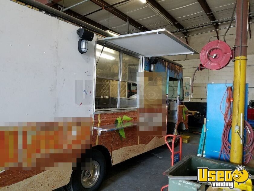 1983 Gruman-olson Step-van All-purpose Food Truck Cabinets Florida Gas Engine for Sale - 4