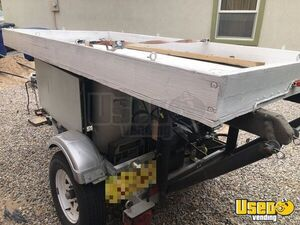 1983 P30 Kitchen Food Truck All-purpose Food Truck Flatgrill New Mexico Gas Engine for Sale