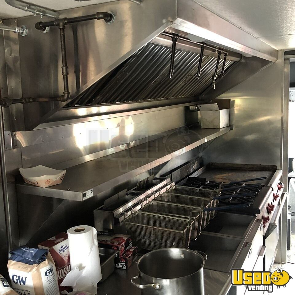 1984 Chevrolet Avalanche All-purpose Food Truck Upright Freezer Wisconsin Diesel Engine for Sale - 5