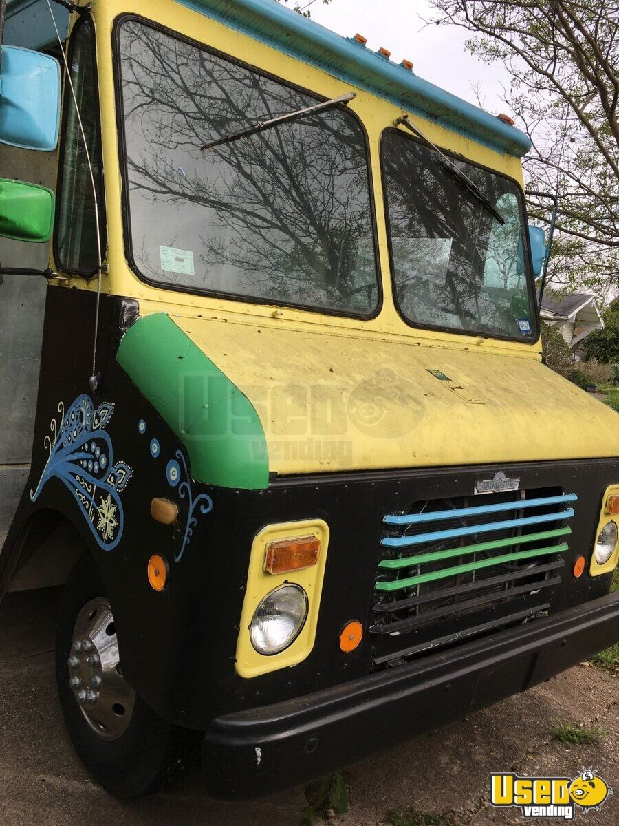 1984 Grumman Olsen Chevy Food Truck Concession Window Texas for Sale - 2