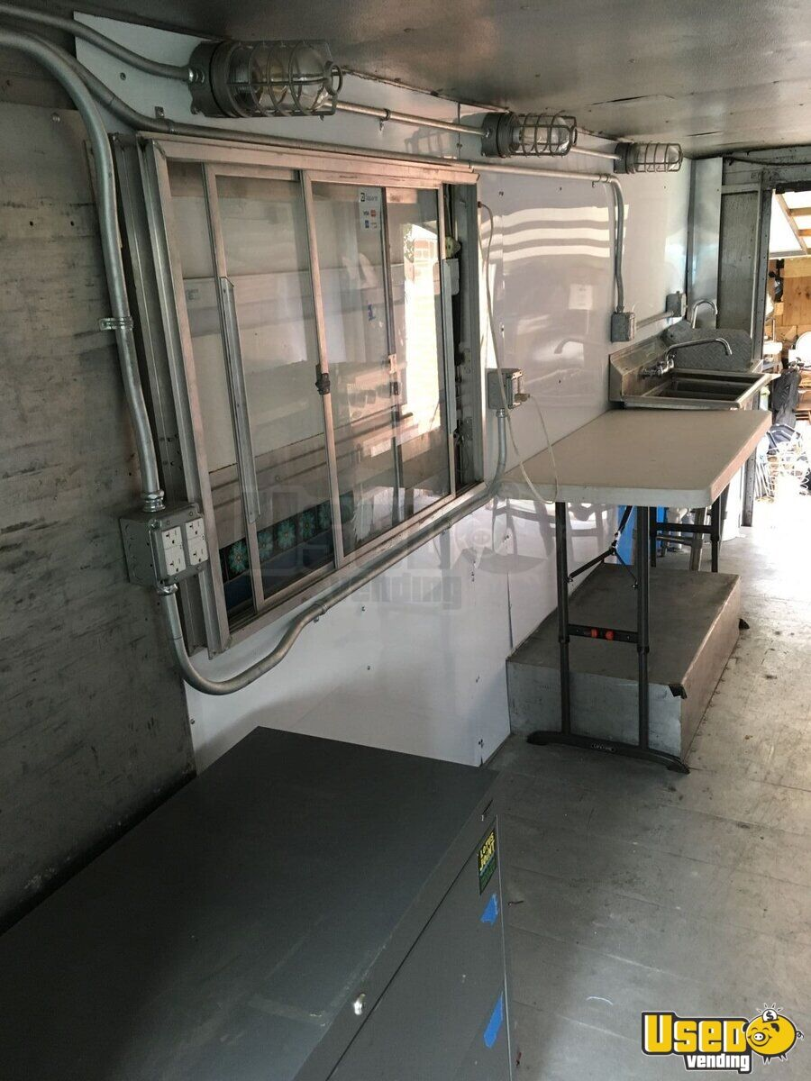 1984 Grumman Olsen Chevy Food Truck Gfi Outlets Texas for Sale - 8