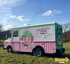 1984 Grumman Olson P30 Step Van Ice Cream Truck Ice Cream Truck Pennsylvania Diesel Engine for Sale