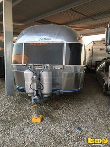 1985 Airstream Sovereign Other Mobile Business Cabinets Texas for Sale