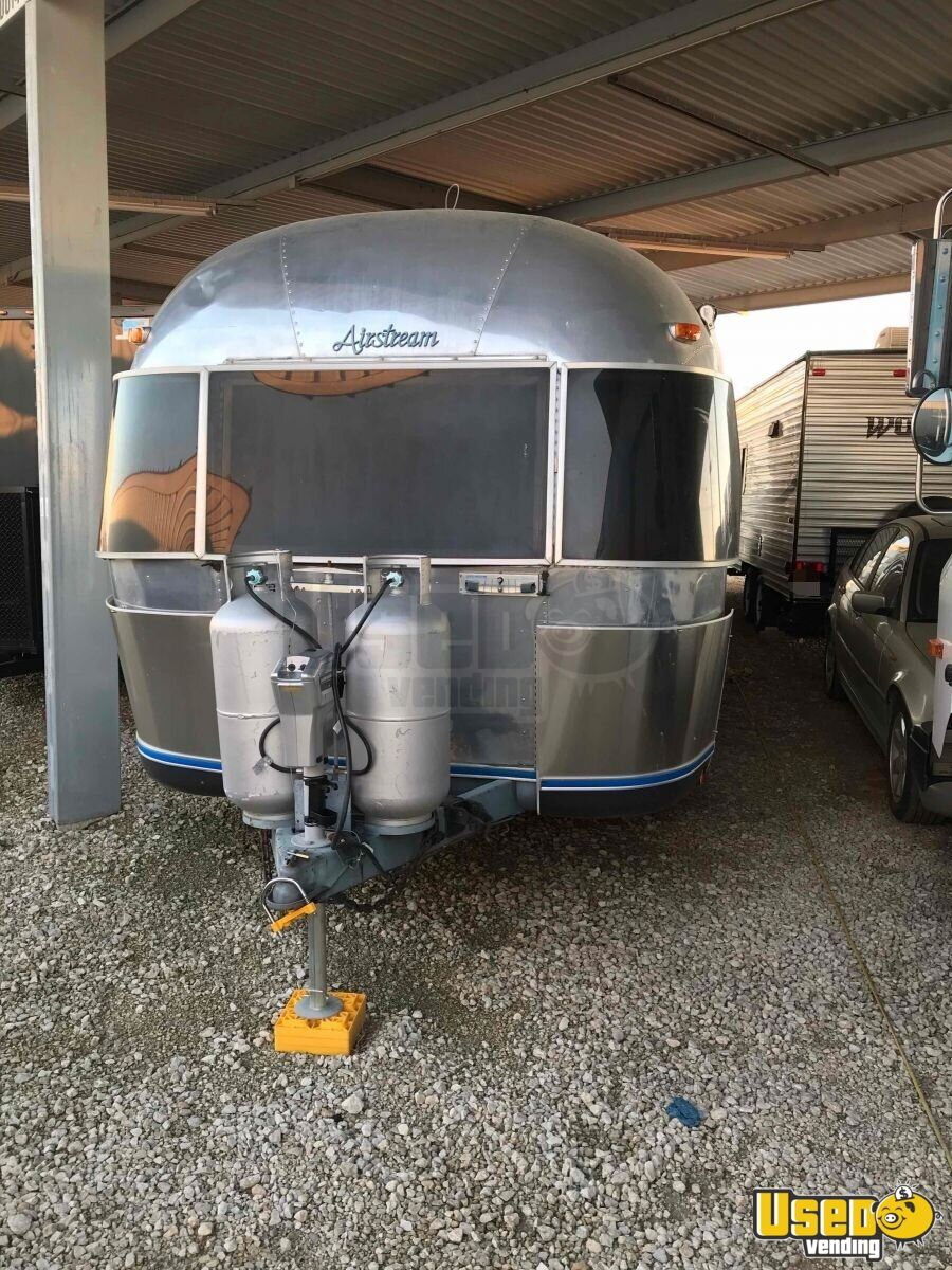 1985 Airstream Sovereign Other Mobile Business Cabinets Texas for Sale - 3