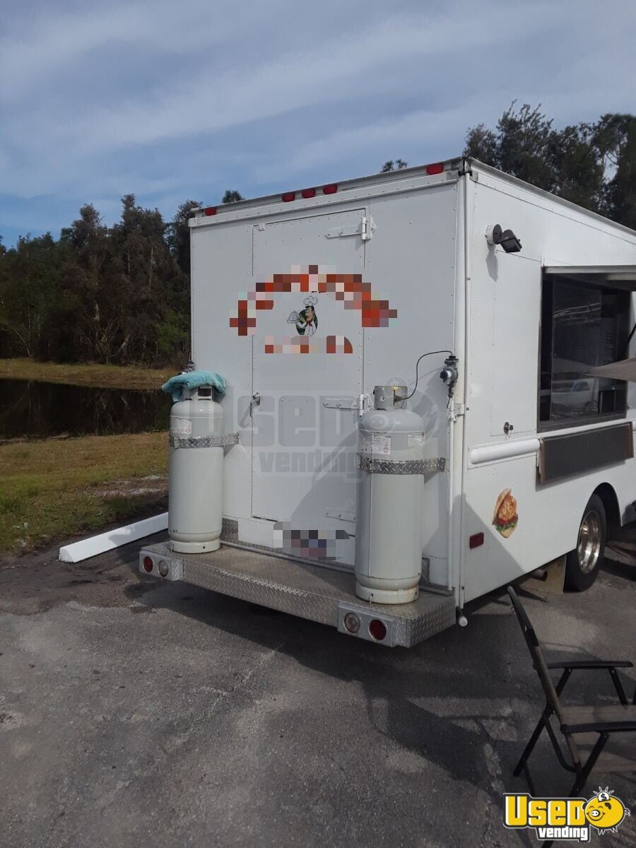 1985 Chevrolet P30 Workhorse Stepvan All-purpose Food Truck Spare Tire Florida Gas Engine for Sale - 4