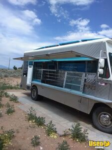 1985 P30 All-purpose Food Truck Cabinets New Mexico Gas Engine for Sale