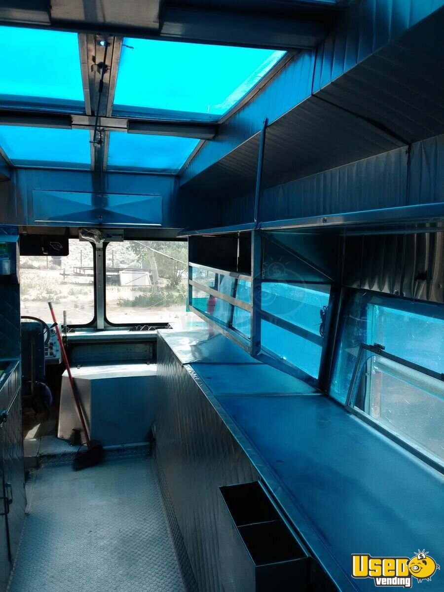 1985 P30 All-purpose Food Truck Exterior Customer Counter New Mexico Gas Engine for Sale - 8