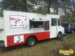 1985 P30 Step Van All-purpose Food Truck Concession Window Virginia Gas Engine for Sale