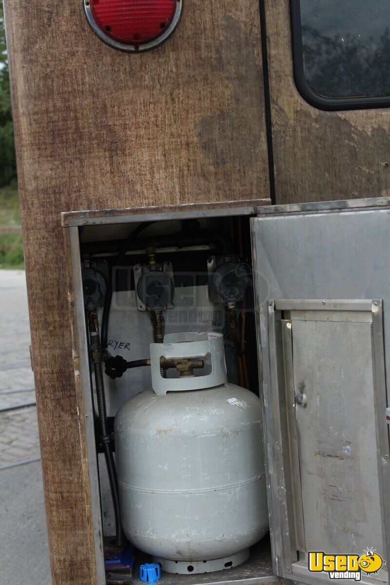 1985 P30 Step Van All-purpose Food Truck Propane Tank Pennsylvania Gas Engine for Sale - 7