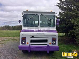 1985 P30 Step Van Ice Cream Truck Ice Cream Truck Concession Window Pennsylvania Gas Engine for Sale