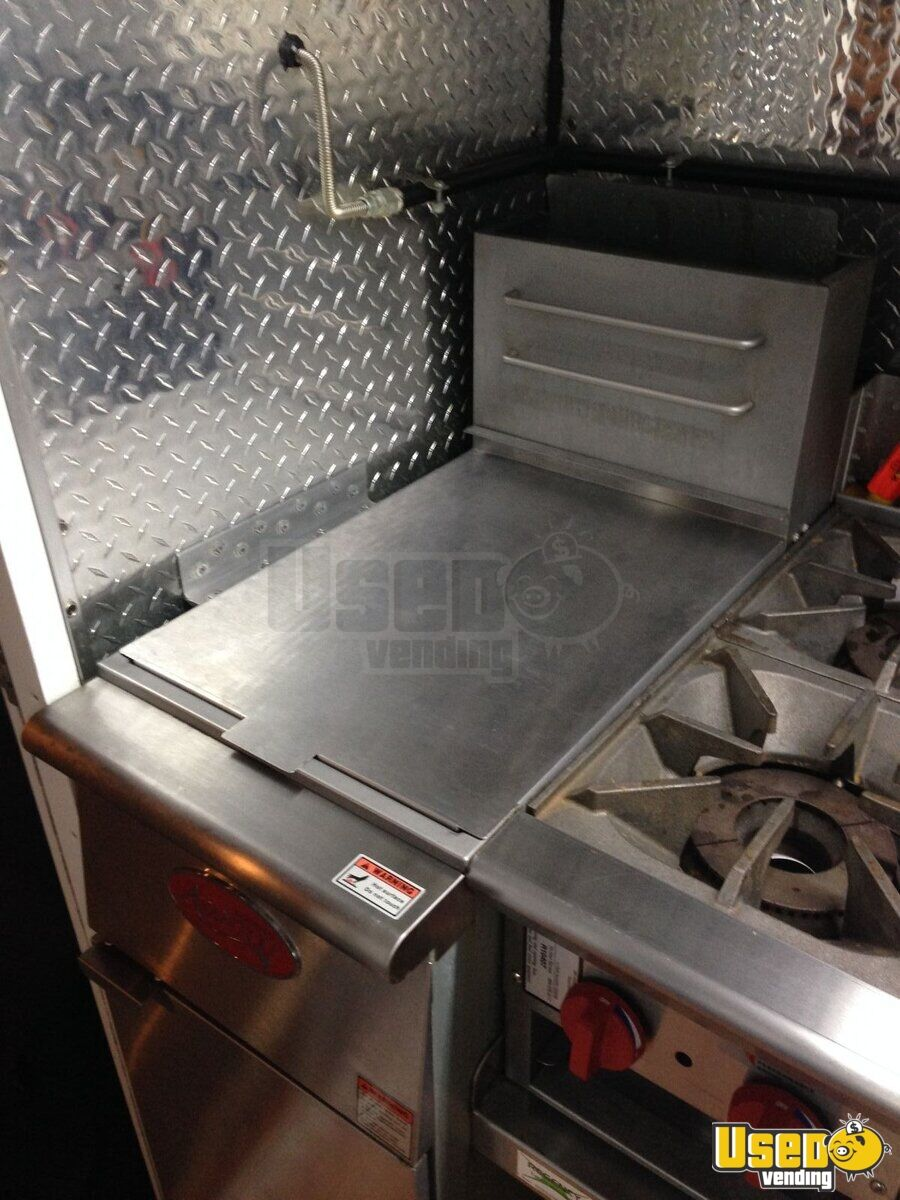 1985 Step Van Kitchen Food Truck All-purpose Food Truck Exhaust Fan Ohio Gas Engine for Sale - 15