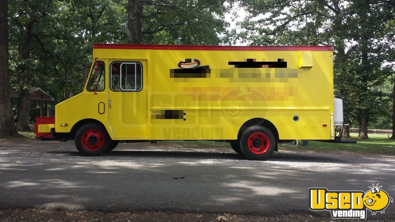 1986 Chevy P30 All-purpose Food Truck Air Conditioning Illinois Gas Engine for Sale - 2
