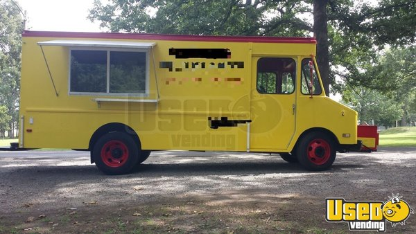 1986 Chevy P30 All-purpose Food Truck Illinois Gas Engine for Sale