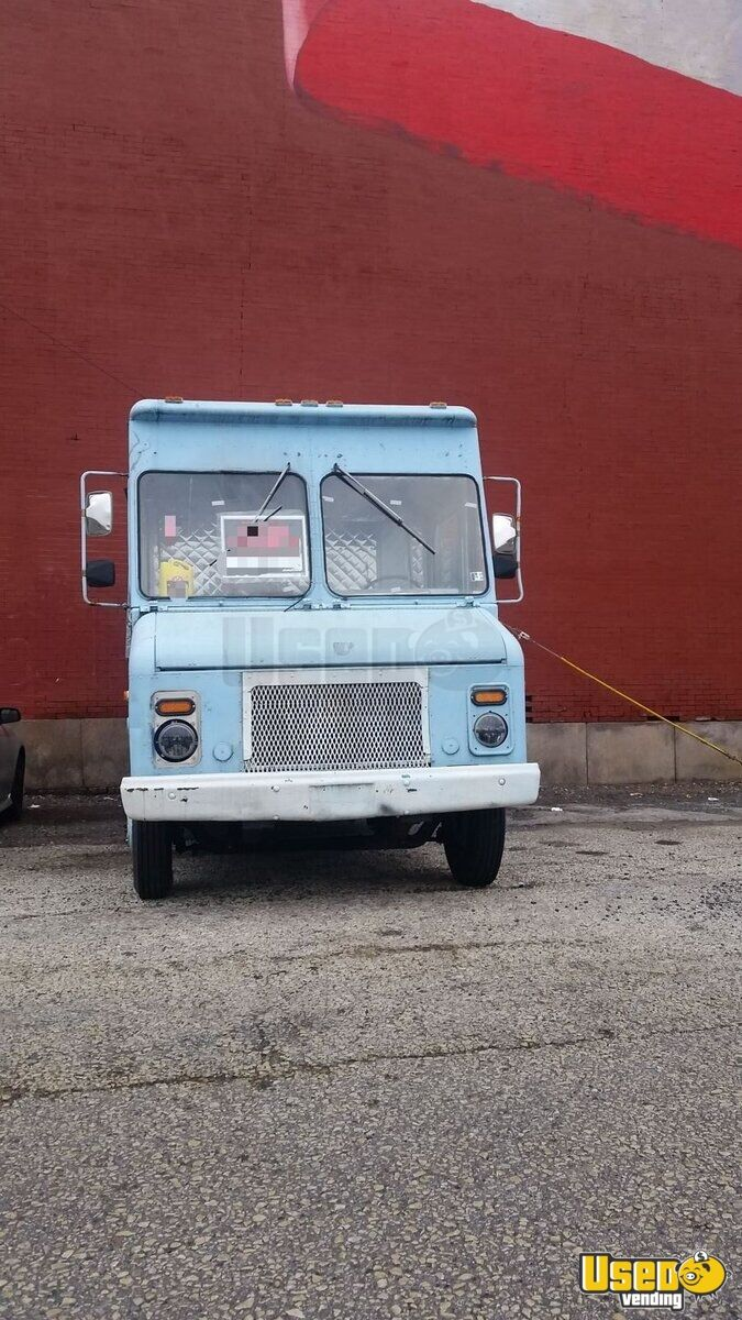 1987 Chevy Food Truck Concession Window Pennsylvania Gas Engine for Sale - 2