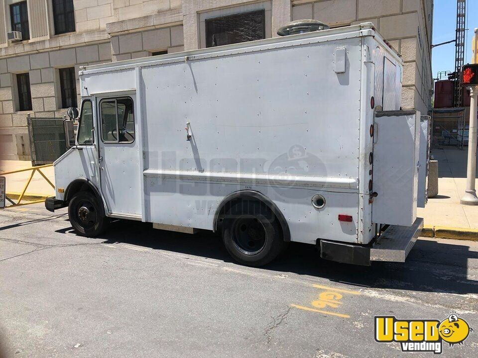 1987 Chevy Grumman All-purpose Food Truck Cabinets New Jersey Diesel Engine for Sale - 3