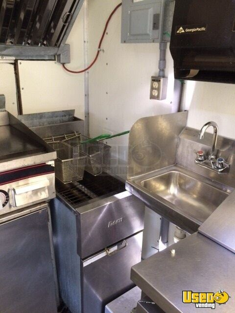 1987 Chevy P30 1 Ton Step Van Food Truck Diamond Plated Aluminum Flooring North Carolina Gas Engine for Sale - 7