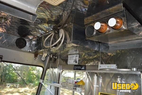 1987 Ford Econoline Food Truck Exhaust Hood Florida Gas Engine for Sale - 14