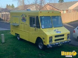 1987 P30 All-purpose Food Truck Insulated Walls Oregon Gas Engine for Sale