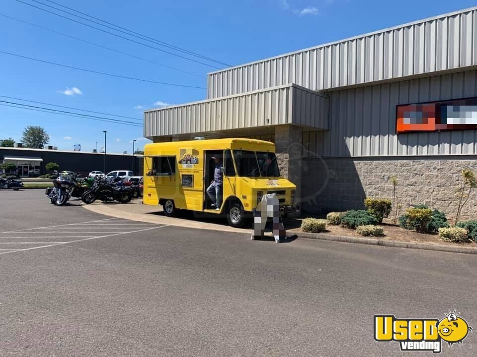 1987 P30 All-purpose Food Truck Stovetop Oregon Gas Engine for Sale - 9